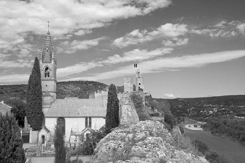 Photo du Monument Historique Eglise paroissiale Saint-Roch situé à Aiguèze