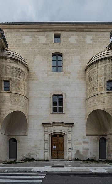 Photo du Monument Historique Hôpital général situé à Uzès