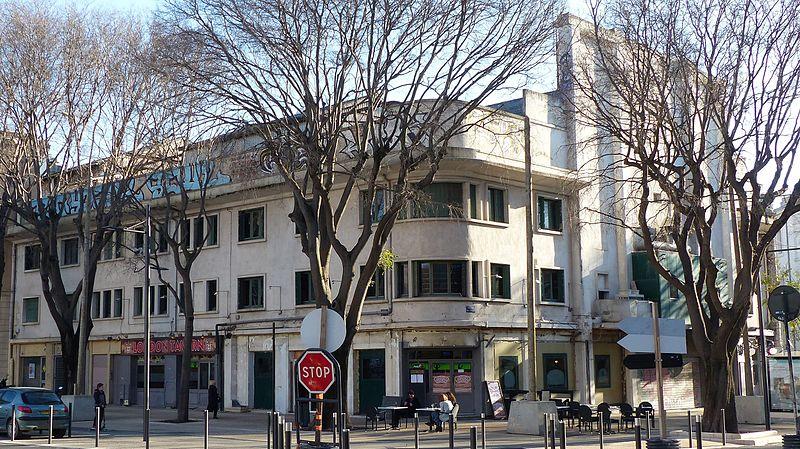 Photo du Monument Historique Ancien cinéma-théâtre Le Colisée situé à Nîmes