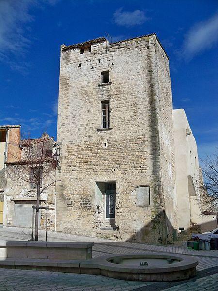Photo du Monument Historique Tour dite du Bréchet situé à Aramon