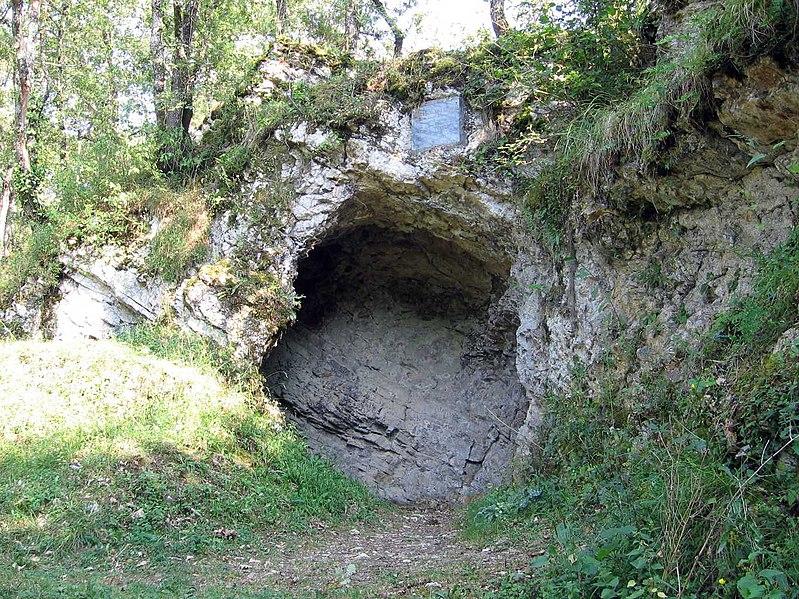 Photo du Monument Historique Grotte préhistorique situé à Aurignac