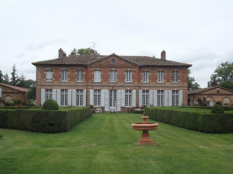 Photo du Monument Historique Château de la Cassagnère situé à Cugnaux