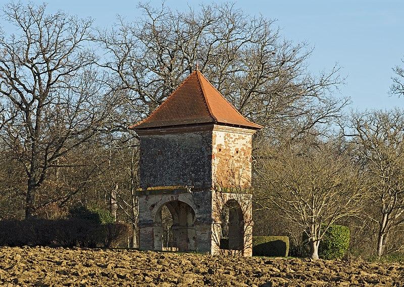 Photo du Monument Historique Pigeonnier situé à Labège