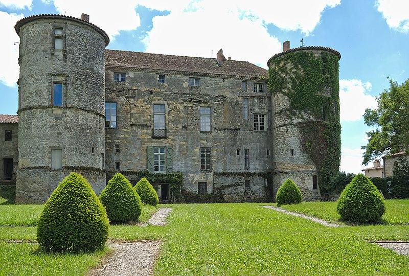 Photo du Monument Historique Château de Loubens situé à Loubens-Lauragais