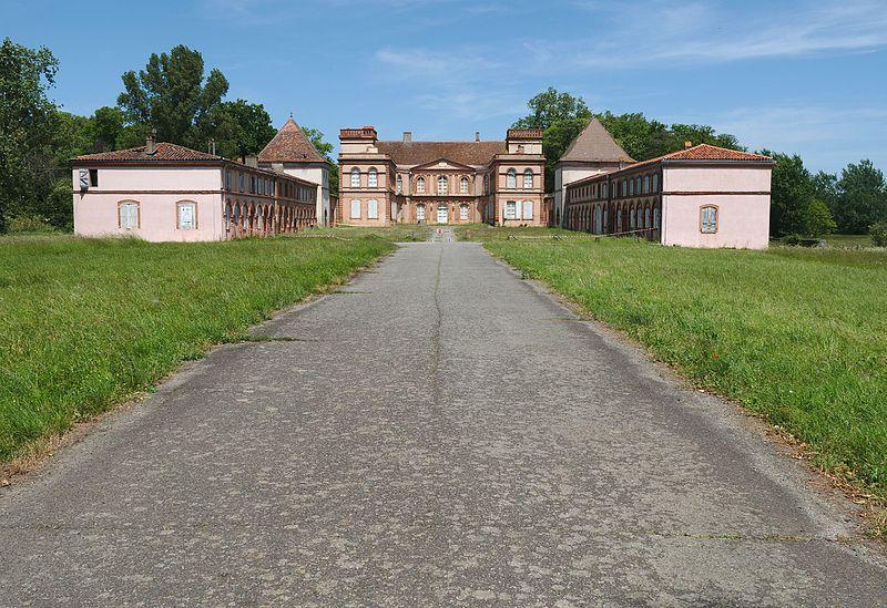 Photo du Monument Historique Château et ferme situé à Pinsaguel