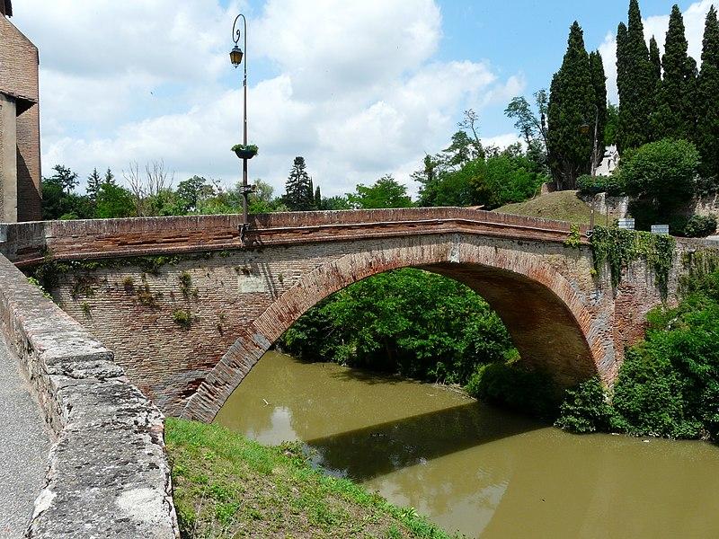 Photo du Monument Historique Pont de Lajous situé à Rieux-Volvestre