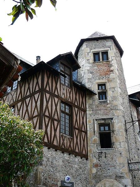 Photo du Monument Historique Tourelle du 15e siècle situé à Saint-Bertrand-de-Comminges