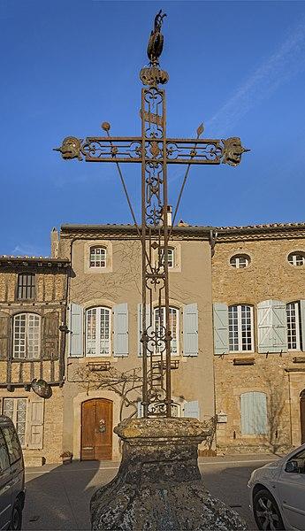 Photo du Monument Historique Croix en fer forgé situé à Saint-Félix-Lauragais