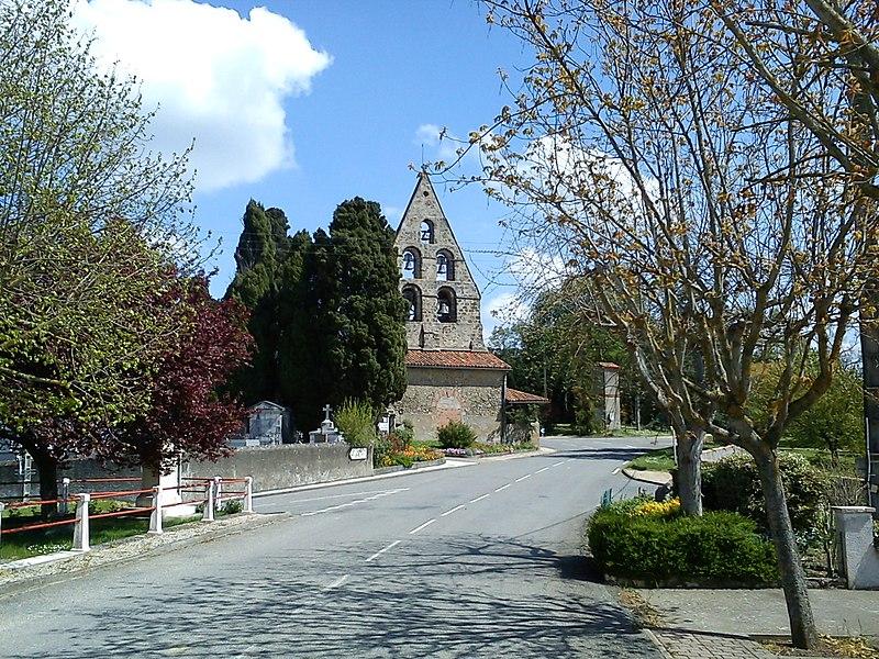 Photo du Monument Historique Eglise situé à Samouillan