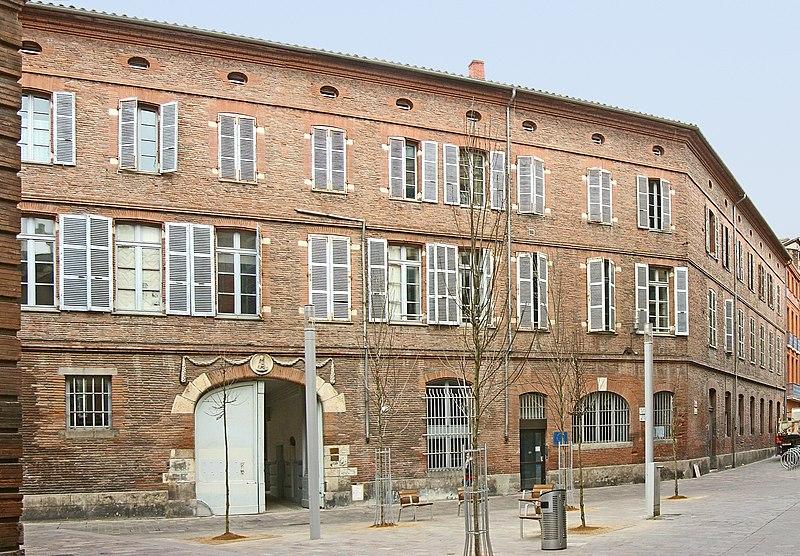 Photo du Monument Historique Immeuble du 15e siècle dit Collège de Foix situé à Toulouse