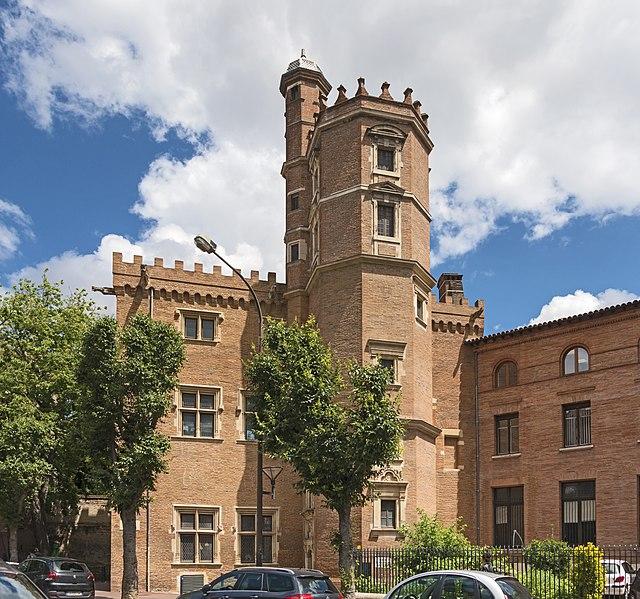 Photo du Monument Historique Ancien hôtel du Capitoul Pierre-Dahus, dit Hôtel Roquette ou Tour Tournoer situé à Toulouse
