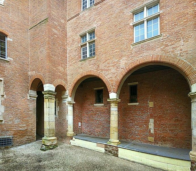 Photo du Monument Historique Hôtel dit de Cheverry situé à Toulouse