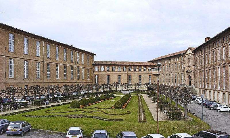 Photo du Monument Historique Hôtel-Dieu situé à Toulouse