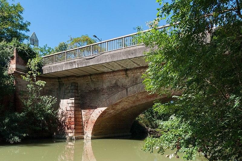 Photo du Monument Historique Pont sur le Touch situé à Toulouse