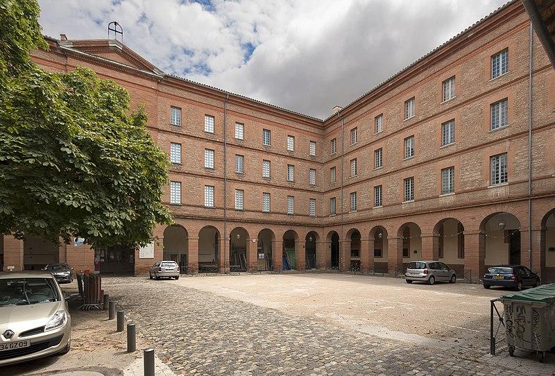 Photo du Monument Historique Ancien grand séminaire situé à Toulouse