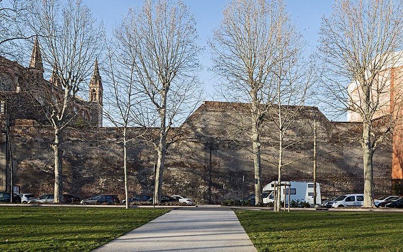 Photo du Monument Historique Vestiges du rempart médiéval situé à Toulouse