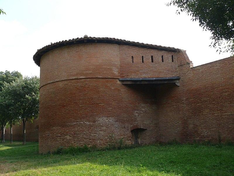 Photo du Monument Historique Rempart médiéval situé à Toulouse