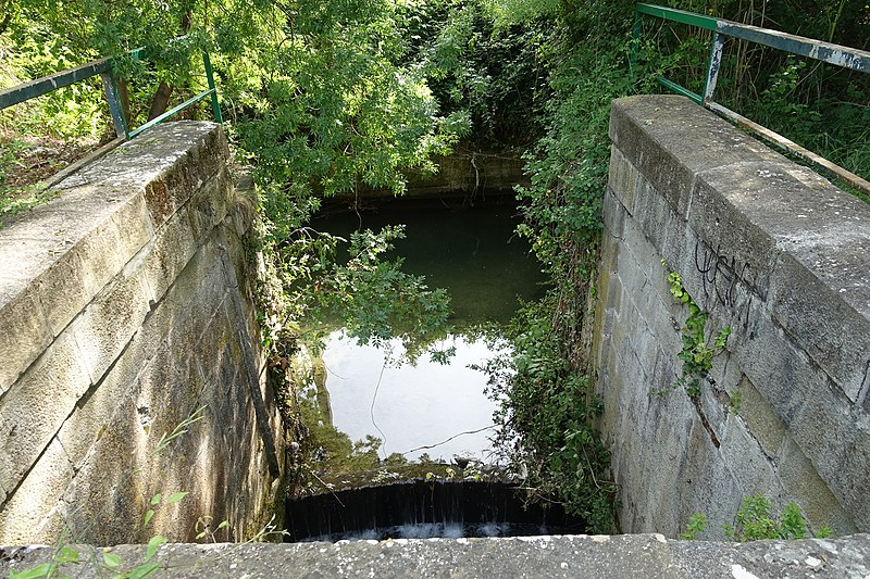 Photo du Monument Historique Canal du Midi : Aqueduc de Saint-Agne situé à Ramonville-Saint-Agne