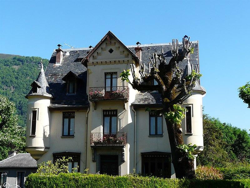 Photo du Monument Historique Villa Edouard situé à Bagnères-de-Luchon