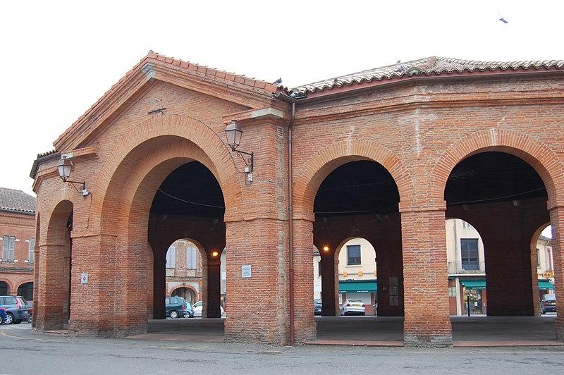 Photo du Monument Historique Halle situé à Saint-Lys