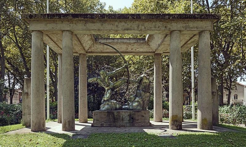 Photo du Monument Historique Monument au sport et à Maysonnié situé à Toulouse