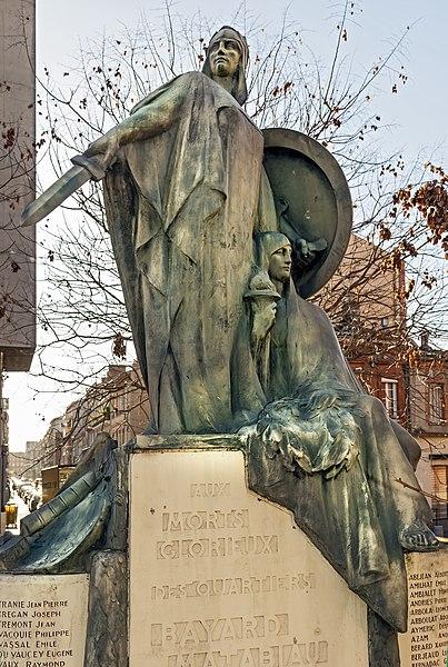 Photo du Monument Historique Monument aux morts de la guerre de 1914-1918 des quartiers Bayard, Matabiau, Concorde et Chalets situé à Toulouse