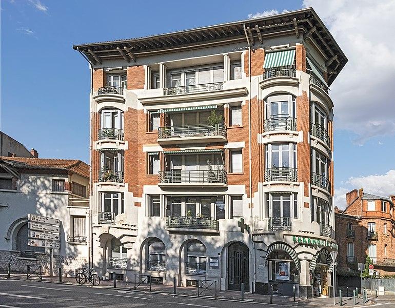 Photo du Monument Historique Immeuble situé 4 square Boulingrin situé à Toulouse