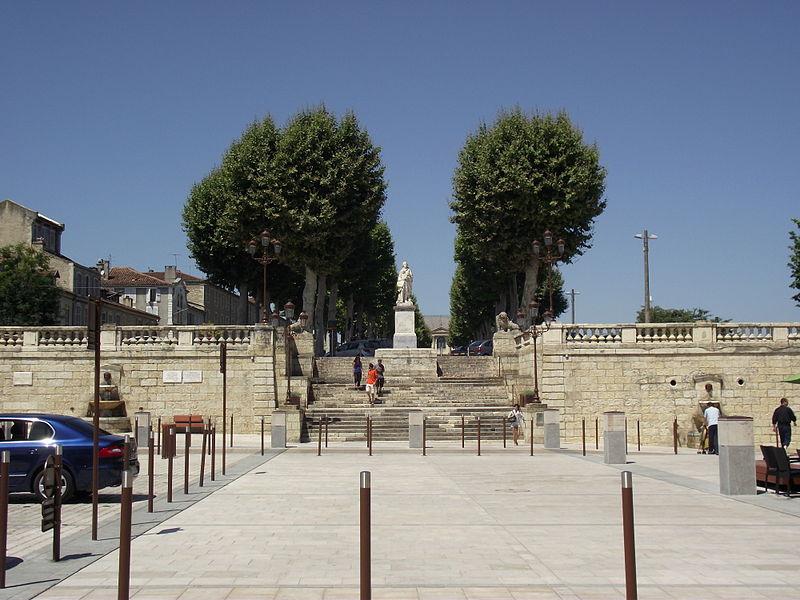 Photo du Monument Historique Allées d'Etigny situé à Auch