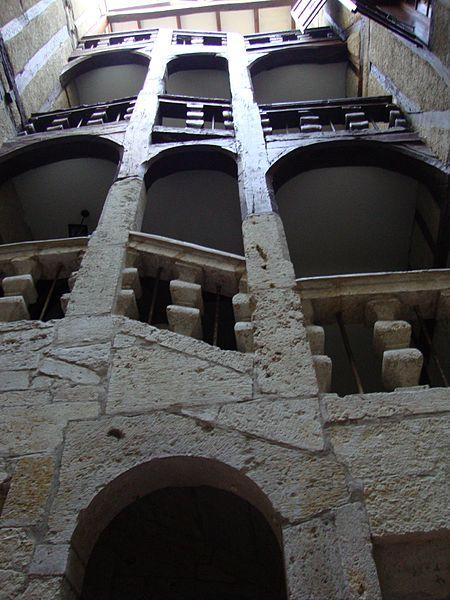 Photo du Monument Historique Immeuble situé à Auch