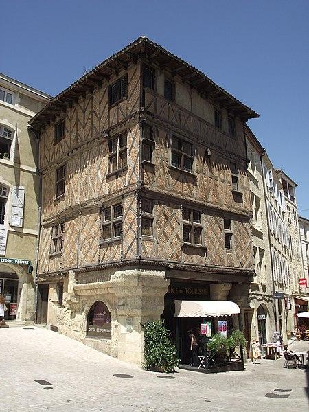Photo du Monument Historique Maison du 15e siècle situé à Auch
