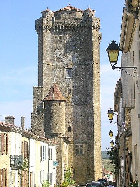Photo du Monument Historique Ancien château situé à Bassoues