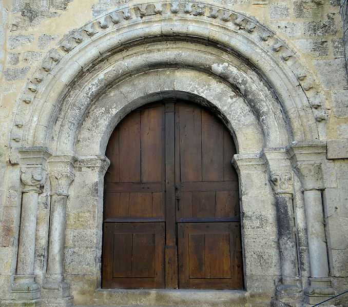 Photo du Monument Historique Ancienne église Saint-Barthélémy du Pradau situé à Condom