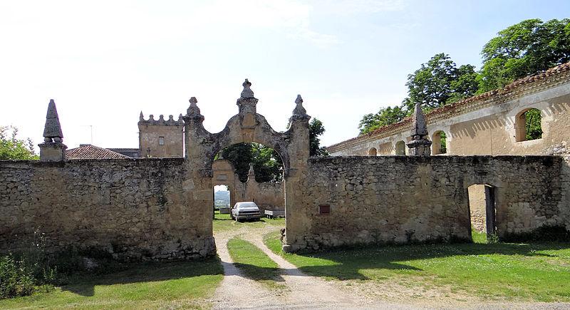 Photo du Monument Historique Ancienne abbaye situé à Faget-Abbatial
