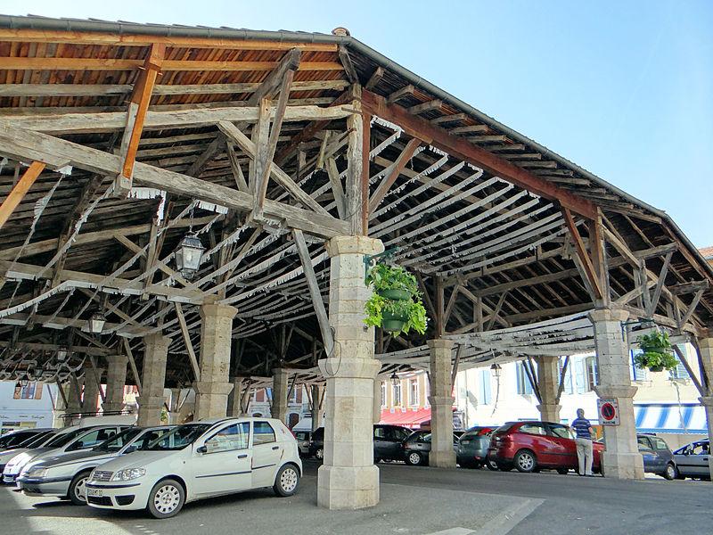 Photo du Monument Historique Halle situé à Gimont