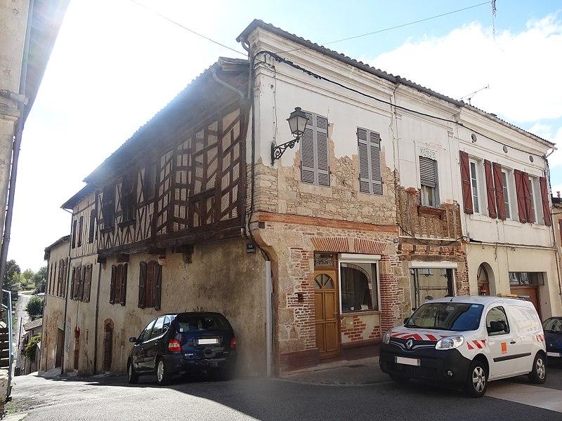 Photo du Monument Historique Maison situé à Gimont