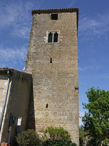 Photo du Monument Historique Eglise situé à Lahitte