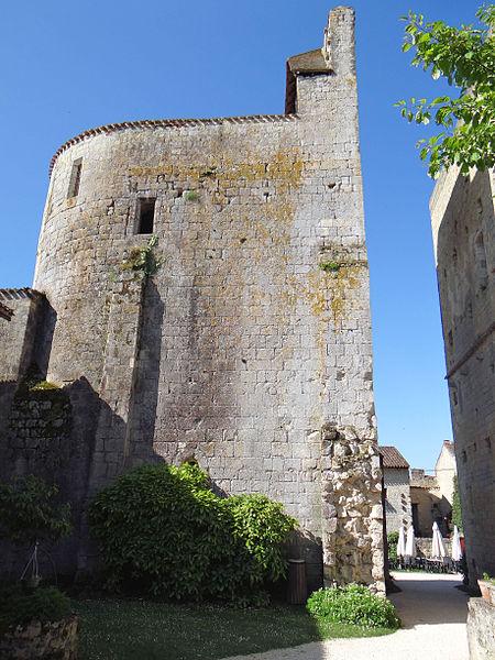 Photo du Monument Historique Eglise Saint-Sigismond situé à Larressingle