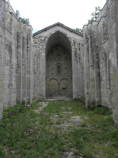 Photo du Monument Historique Eglise de Genens situé à Montréal