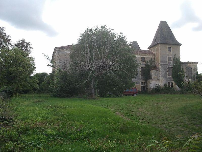 Photo du Monument Historique Château situé à Orbessan