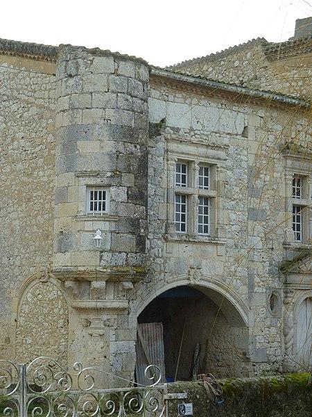 Photo du Monument Historique Château de Madirac situé à Romieu (La)
