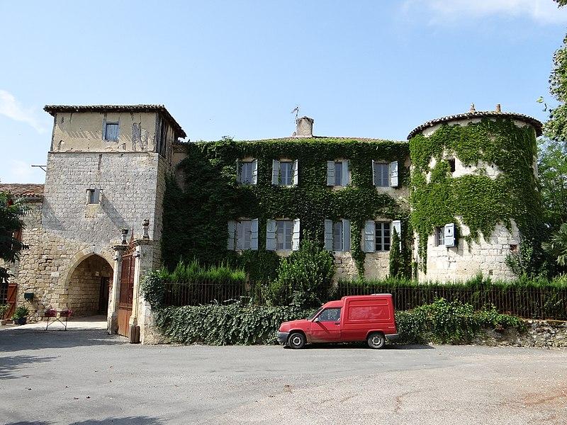 Photo du Monument Historique Ancienne commanderie dite le Château situé à Saint-Antoine