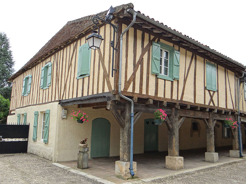 Photo du Monument Historique Maison de la Bastide situé à Tillac