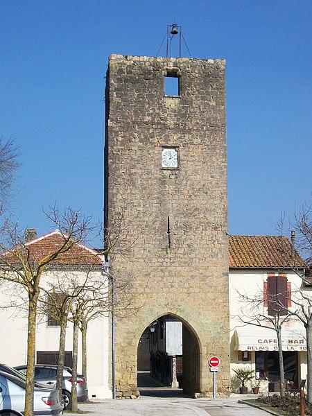 Photo du Monument Historique Tour de l'Horloge situé à Tillac