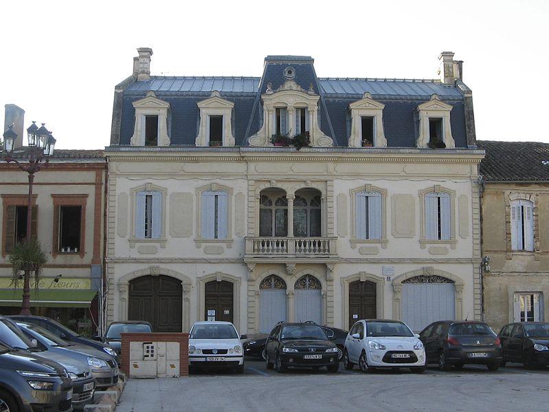 Photo du Monument Historique Maison Claude Augé situé à Isle-Jourdain (L')