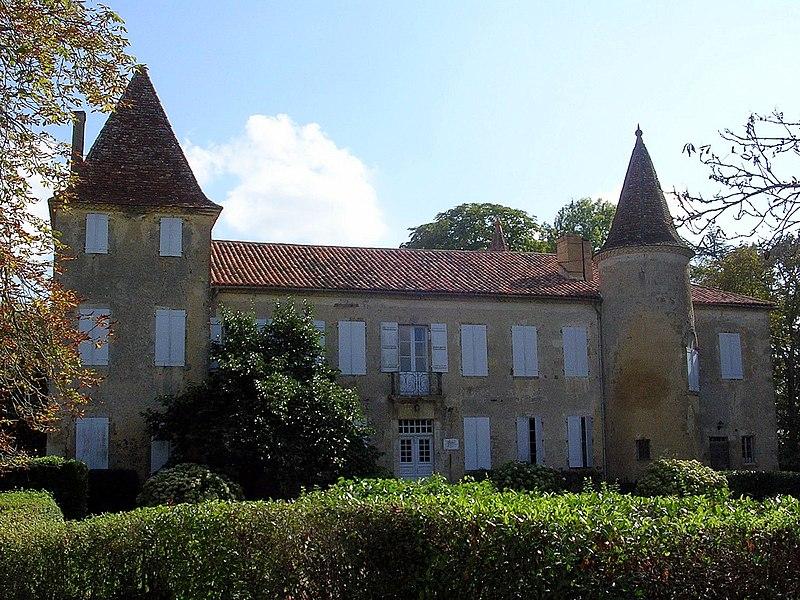 Photo du Monument Historique Château de Castelmore situé à Lupiac