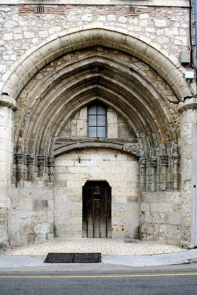 Photo du Monument Historique Ancien couvent des Cordeliers situé à Lectoure