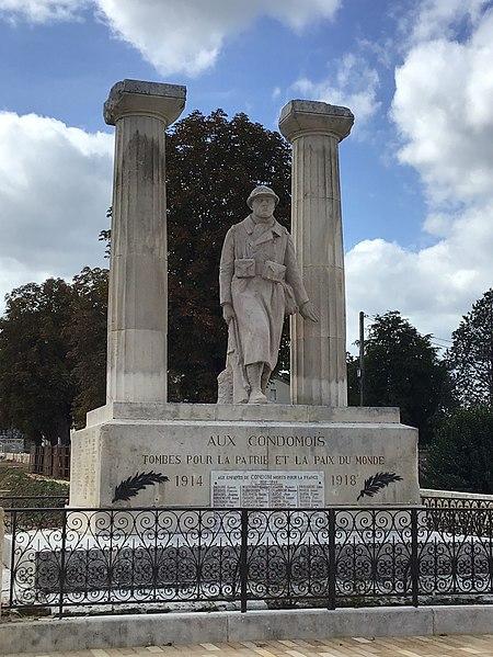 Photo du Monument Historique Monument aux morts de la guerre de 1914-1918 situé à Condom