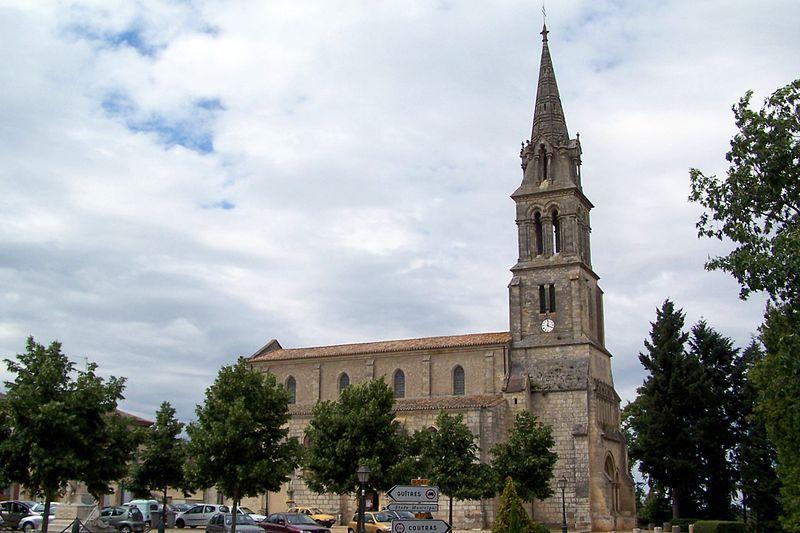 Photo du Monument Historique Eglise Saint-Pierre situé à Abzac