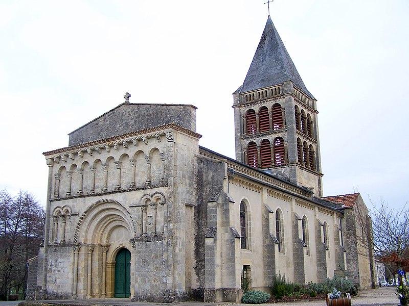 Photo du Monument Historique Eglise Notre-Dame situé à Aillas
