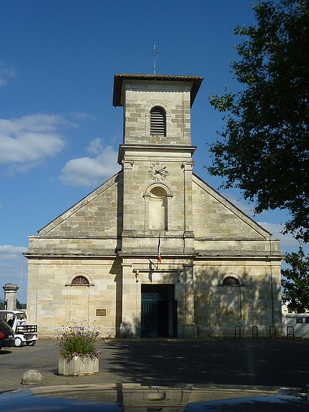 Photo du Monument Historique Eglise Saint-Pierre situé à Bègles